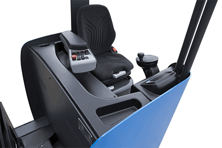 RTR16-Driver-cabin-3